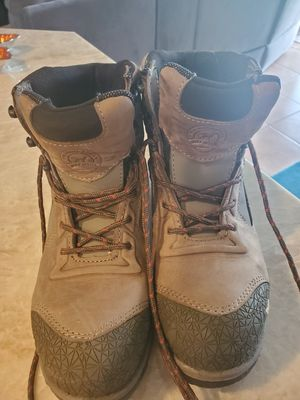 """Red wing """"Irish Setter"""" ladies steel toe boots for Sale in Fort Lauderdale, FL"""