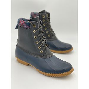 Tommy Hilfiger Lace Up Russel Rain Duck Boot for Sale in Fresno, CA