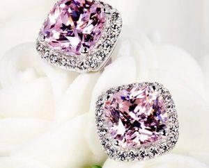 Earrings pink diamond 18k white gold for Sale in Hialeah, FL