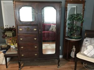 Antique Armoire - paid $700 online 1 year ago - I am moving and need to downsize for Sale in Alexandria, VA