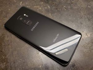 Galaxy S9+ PLUS Unlocked with a 30 Day WARRANTY! Check-out profile for prices of other phones like Galaxy S7 Edge S8 S8+ Note 5 and iPhones. PLEASE R for Sale in Carson, CA