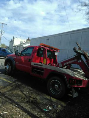 07 F450 Ford automatic 275k miles tow truck for Sale in Columbus, OH