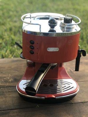 Delonghi Eco Coffee Maker Automatic 1100 W, 47.3oz Cappuccino Eco 311 Delonghi Expresso machine for Sale in Davenport, FL