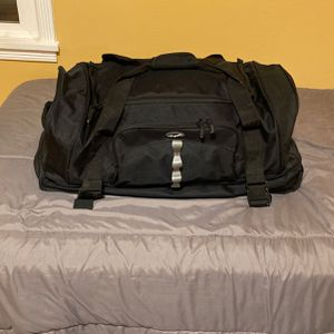 Rolling Duffle Bag for Sale in Everett, WA