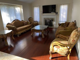 Living Room Set with Glass Tables for Sale in Rochester,  MI