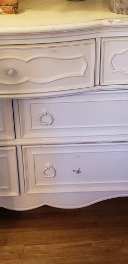 White 7 Drawer Dresser 55''x19''x36'' for Sale in Pasadena,  CA