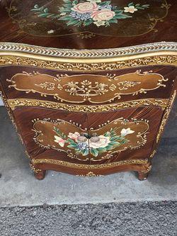 Vintage Dresser for Sale in Buena Park,  CA