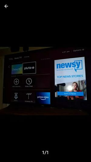 32 inch Tcl Roku tv like new remote no feet 80 works great need gone moving for Sale in Dallas, TX