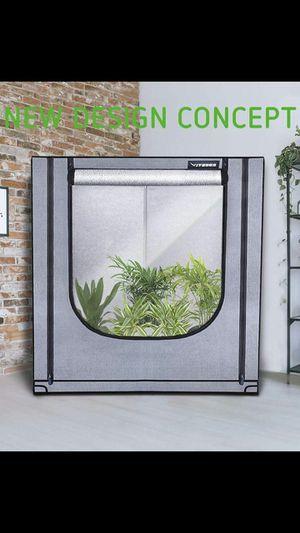 Vivosun corner grow tent for Sale in Chicago, IL