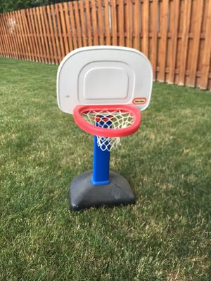 Small Basketball Hoop (kids) for Sale in North Olmsted, OH