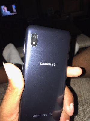 Samsung Galaxy a10e for Sale in Trenton, NJ