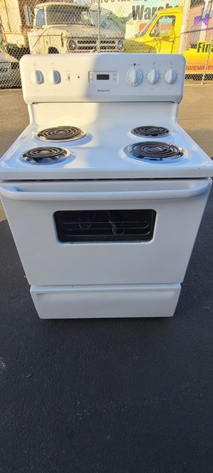 Hotpoint Electric Stove good condition(can deliver for free up to 15 miles(small fee for gas if over 15 miles for Sale in Auburn, WA