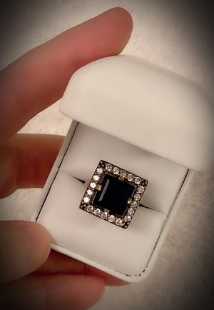 PRINCESS CUT MIDNIGHT SAPPHIRE FINE ART RING Size 8 Solid 925 Sterling Silver/Gold WOW! Brilliantly Faceted Cut Gemstones, Diamond Topaz L9043 V for Sale in San Diego, CA