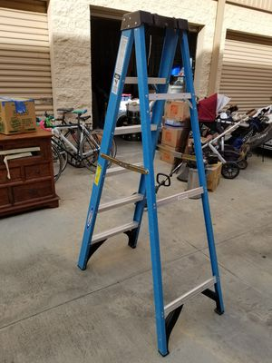 Ladder 6fts 250lbs for Sale in San Diego, CA