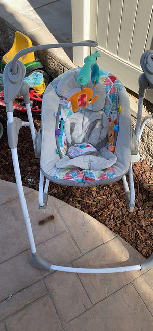 Kids II bright start baby swing for Sale in San Diego, CA
