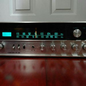 Vintage Concord CR-210 AM/FM Stereo Receiver for Sale in Fairfield, CA
