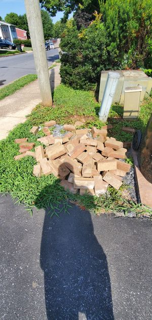 Free bricks for Sale in Lancaster, PA