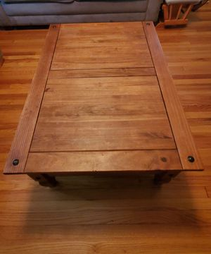 Living Rm table set $150 OBO for Sale in Springfield, MA