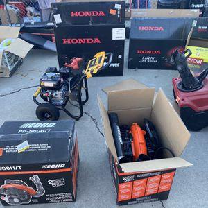 Tengo muchas cosas de venta , preguntar por precios , todo nuevo for Sale in San Bernardino, CA