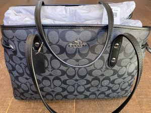 COACH Drawstring Carryall *New with tags* for Sale in Costa Mesa, CA