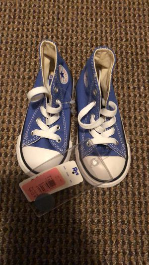 Toddler converse for Sale in Fort McDowell, AZ
