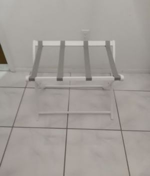 Luggage stand from BBB for Sale in Bradenton, FL