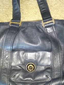 Michael Kors Black Pebble Leather Handbag for Sale in Hollywood,  FL