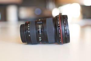 Canon 16-35mm f/2.8 II USM Zoom Lens for Sale in Kirkland, WA