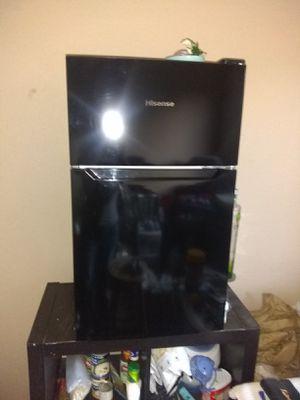 Mini freezer fridge/freezer for Sale in Modesto, CA