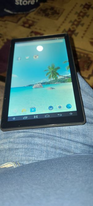 Azpen 10 inch tablet works great 8 gb memory has SD slot for Sale in Puyallup, WA