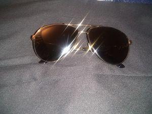 Gucci men's sunglasses for Sale in Fontana, CA
