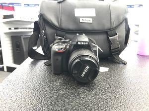 Nikon D3300 for Sale in Gastonia, NC