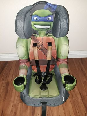 Car seat and booster seat, very clean. for Sale in Riverside, CA