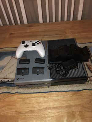 Xbox one for Sale in Dundalk, MD