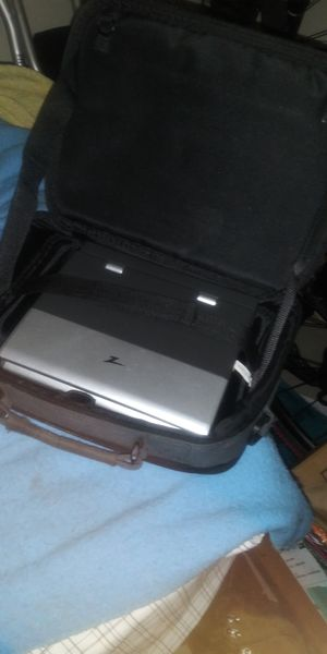 Zenith DVD CD portable player which case for Sale in Tacoma, WA