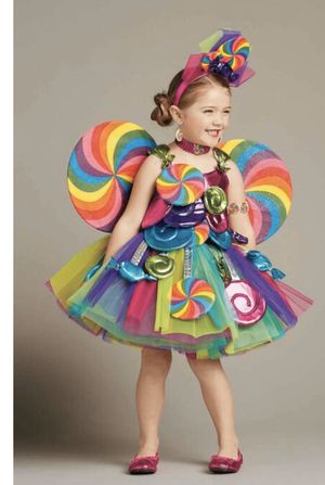Amazing girl costume size 4 for Sale in Annandale, VA