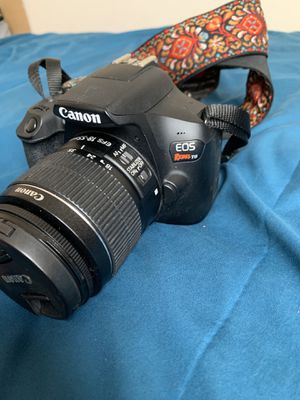 Canon T6 camera with lense for Sale in Los Angeles, CA
