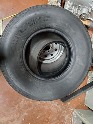 235/85r16 almost new trailer tire for Sale in Bellaire, TX
