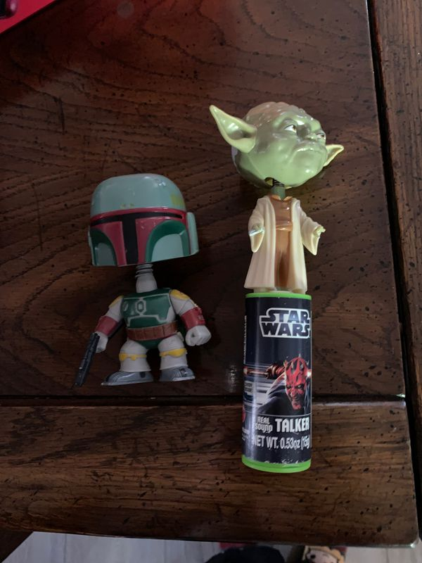 Star Wars flashlights and small stuffed characters