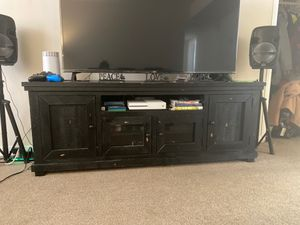 Distressed Entertainment center for Sale in Suitland-Silver Hill, MD