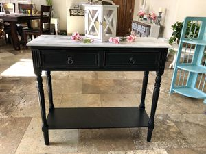 Console table for Sale in Scottsdale, AZ