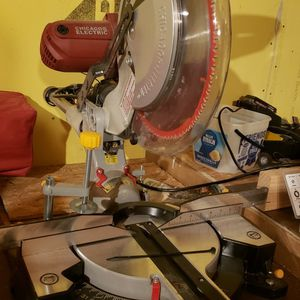12 In Miter Saw With Table Stand for Sale in Tacoma, WA