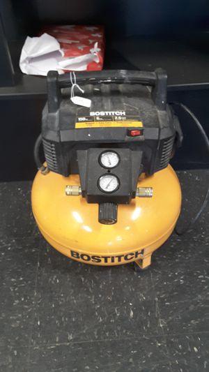 Bostitch 6gal air compressor for Sale in Kansas City, KS