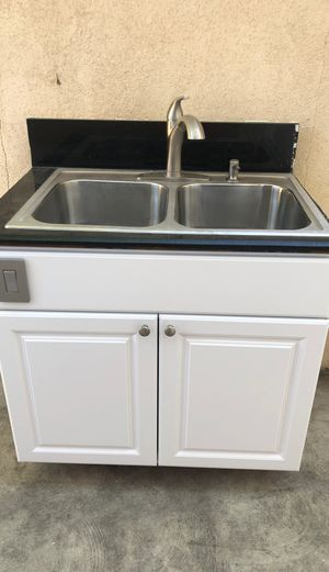 "Kitchen cabinet with sink , faucet and food disposal 37"" by 25"" for Sale in Los Angeles, CA"