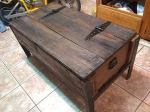 Vintage Crate coffee table for Sale in St. Louis, MO