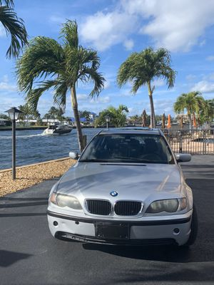 BMW 325i 2003 for Sale in Pompano Beach, FL