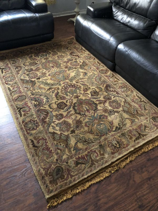 5x8 Hand made rug in India