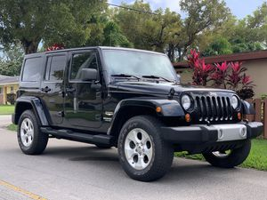 2013 JEEP WRANGLER UNLIMITED SAHARA for Sale in Royal Palm Beach, FL