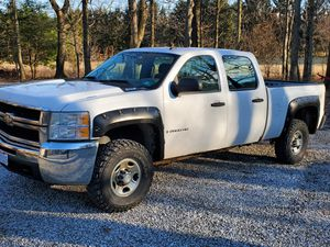 Chevy Silverado 2500HD 4x4 for Sale in Johnstown, OH