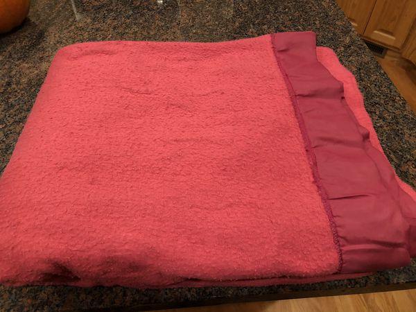 Super Warm Twin Size Blanket